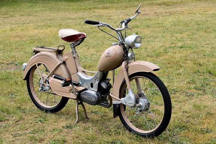 Može li da se registruje moped bez brzinomera