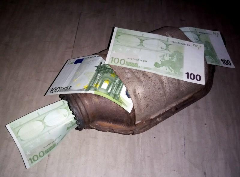Katalizator - kako proveriti da li je skinut, pokvaren, koliko košta novi...