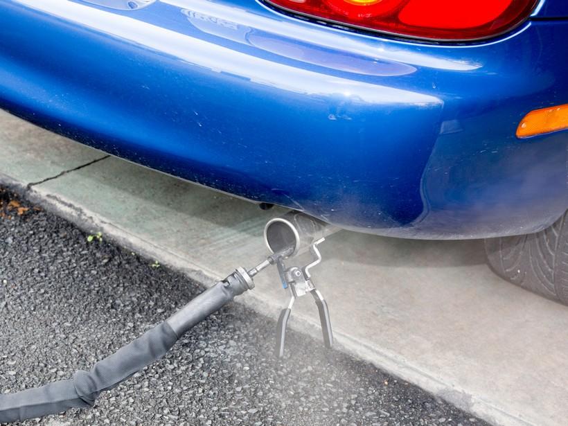 Kako proveriti da li će auto proći ispitivanje izduvnih gasova na tehničkom