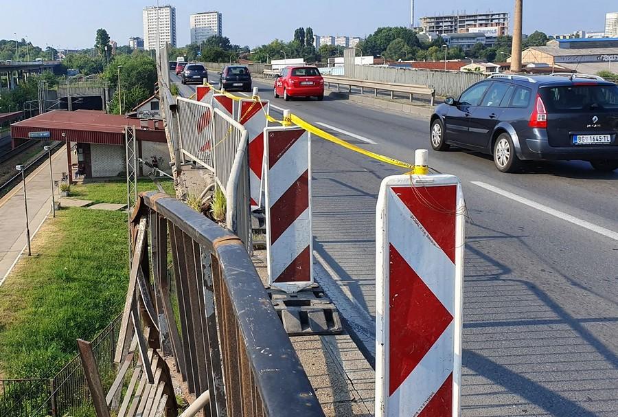 Kada će biti popravljena ograda na Pančevačkom mostu