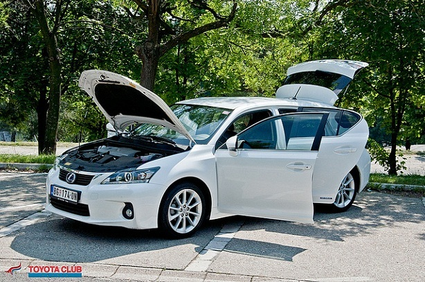 TcS test Lexus CT 200h 2012